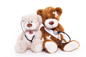 Wundmanagement, Teddybären mit Wunden und Verband
